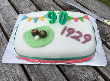 What a smashing cake!