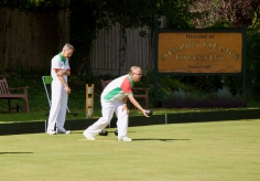 Richard prepares to bowl in the 3 Woods